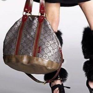 💎✨NEW✨💎RUNWAY Ultra rare Louis Vuitton avi…
